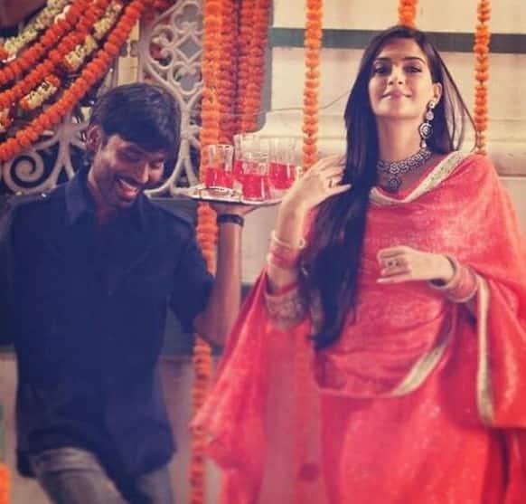 Sonam Kapoor and 'Kolaveri Di' fame Dhanush in a still from 'Raanjhanaa'.