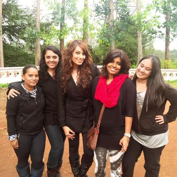 Bipasha Basu is living every moment of her time in Ooty. She tweeted this pic and wrote: @bipsluvurself Beautiful weather!Loving Ooty!