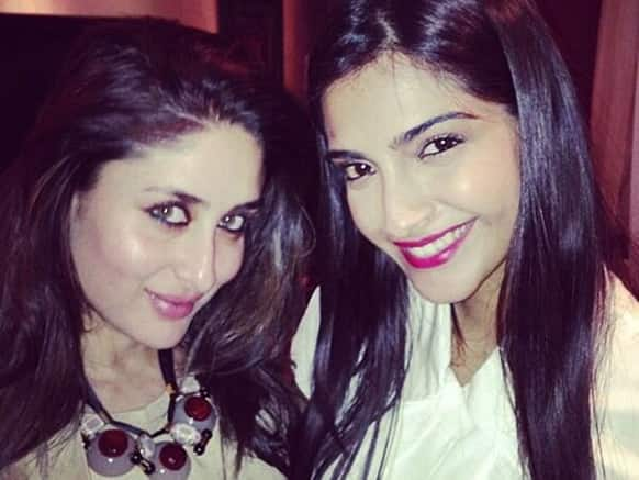 Kareena Kapoor and Sonam Kapoor look charming while posing for this pic. Image Courtesy: Filmfare