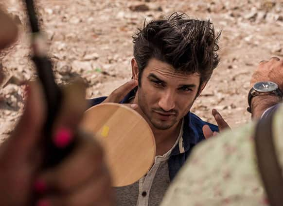 B-Town's new hunk Sushant Singh Rajput was spotted by the cameras on the sets of his upcoming film. (Pic courtesy: Filmfare)