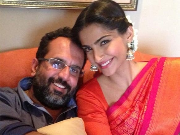 Sonam Kapoor and director Anand L. Rai pose for a quick pic during the promotions of 'Raanjhanaa'.