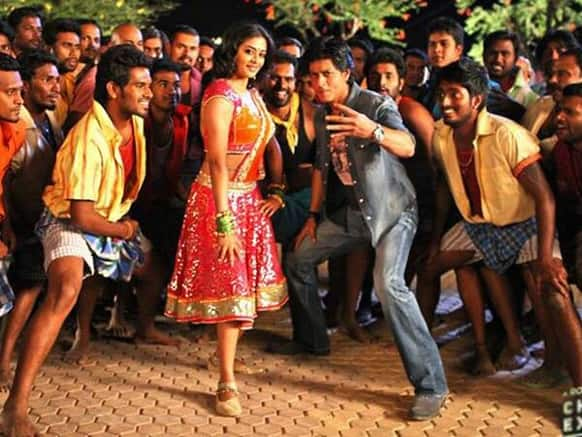 Shah Rukh Khan in an item number from his new movie 'Chennai Express'. Image Courtesy: Filmfare