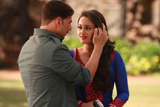 Akshay Kumar and Sonakshi Sinha in a still from 'Once Upon A Time In Mumbaai Dobaara'.
