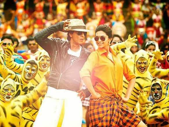 Shah Rukh Khan and Deepika Padukone in a still from 'Chennai Express'.