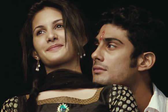 Prateik and Amyra Dastur in a still from 'Issaq'.