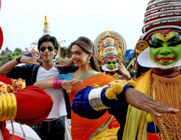 Shah Rukh Khan and Deepika Padukone on the sets of Rohit Shetty's 'Chennai Express'.
