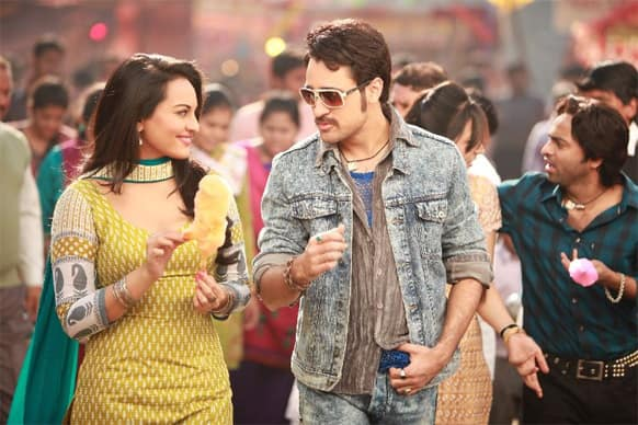 Sonakshi Sinha and Imran Khan in a still from Ekta Kapoor's 'Once Upon Ay Time in Mumbaai Dobaara'.