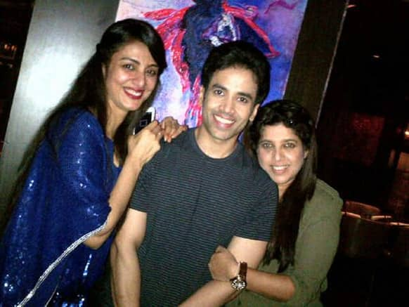 @TusshKapoor shared this picture on Twitter that has him posing with actress Tabu and fashion designer Shabina Khan.