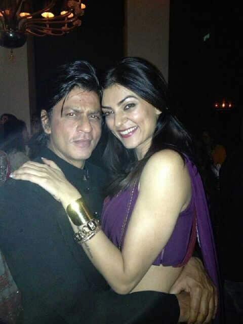 Sushmita Sen strikes a pose with Shah Rukh Khan at Mannat Eid bash.