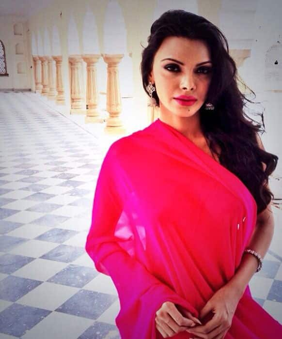 Sherlyn Chopra posted this pic of hers in Jaipur Pic Courtesy: @SherlynChopra