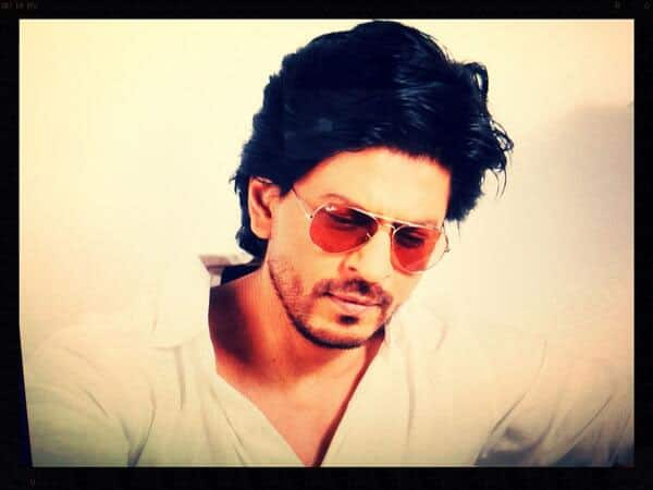 Shah Rukh Khan posted this pic on Twitter and wrote,