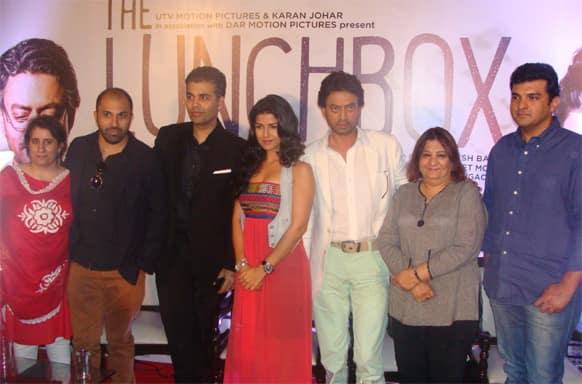 Meet 'The Lunchbox' team comprising producer Guneet Monga, director Ritesh batra, Karan Johar, Nimrat Kaur, Irrfan Khan, Bharti Achrekar and producer Siddharth Roy Kapur.