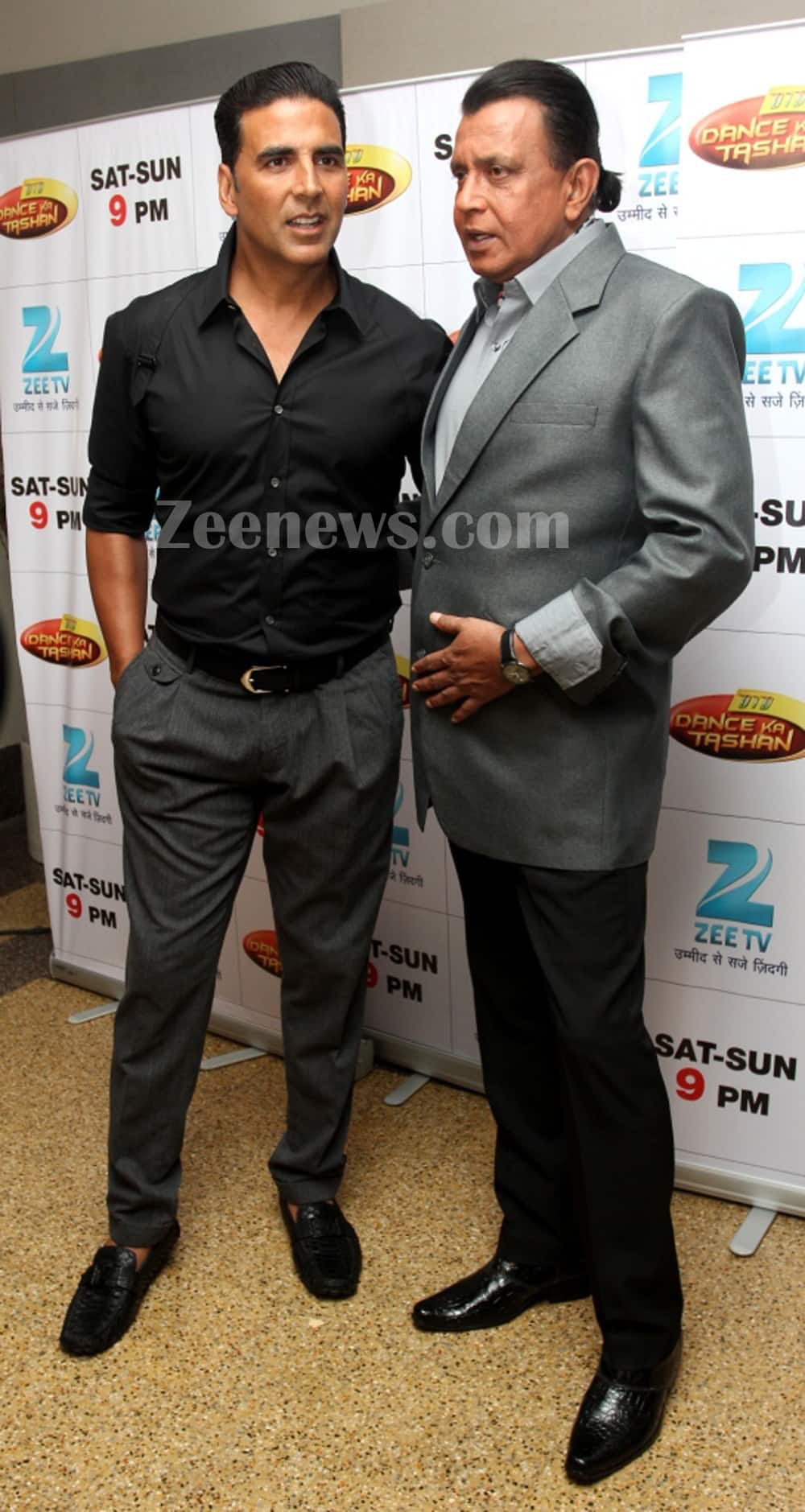 Akshay Kumar and Mithun Chakraborty address the media before the shoot for 'Zee TV's Dance Ka Tashan'.