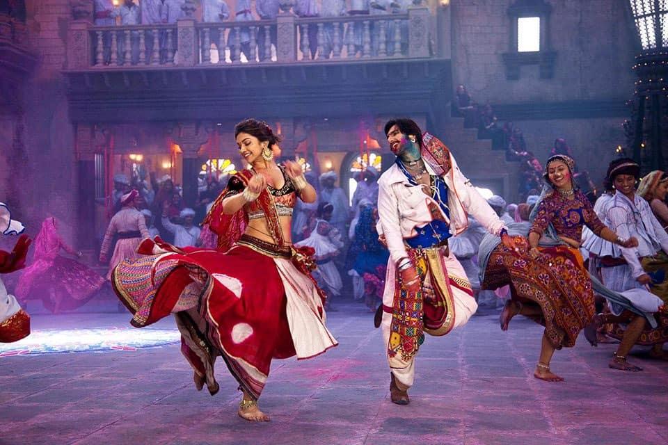 Deepika Padukone and Ranveer Singh in a still from Sanjay Leela Bhansali's 'Ramleela'. Pic courtesy: Facebook