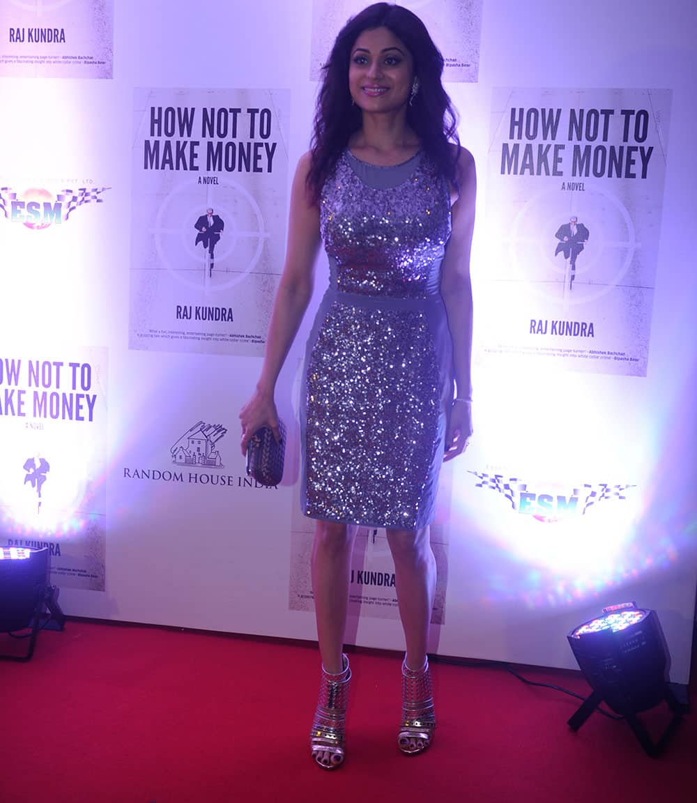 Shamita Shetty at the success bash of Raj Kundra's book 'How Not To Make Money' at Bandra in Mumbai. Pic Courtesy: DNA