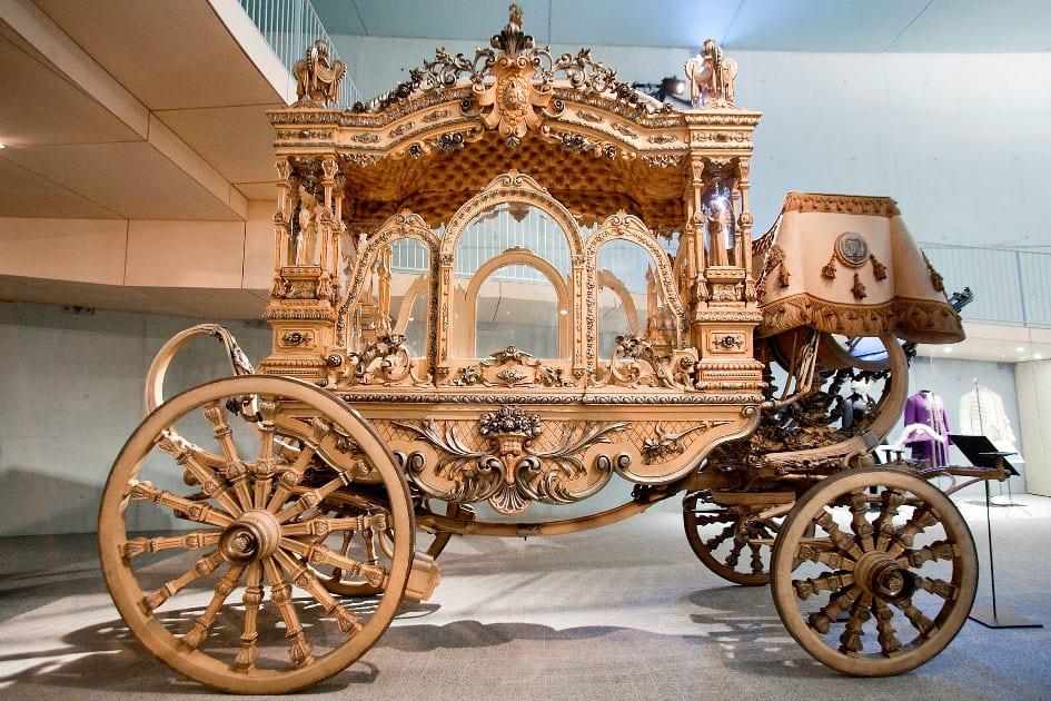 Museum of Funeral Carriages. Angèlica-Cementiris de Barcelona, S.A.