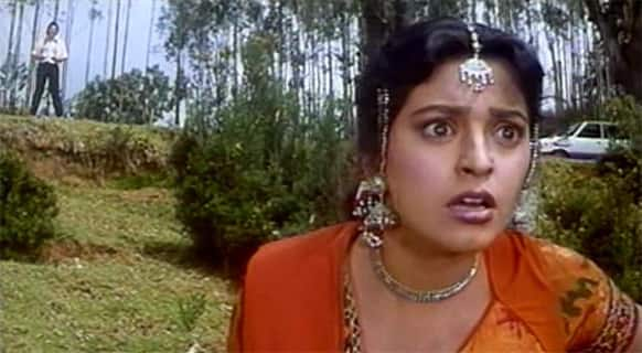 She worked alongside Rishi Kapoor in 'Bol Radha Bol'. It was an unconventional pairing considering Rishi Kapoor was a senior actor but it worked in the film's favour.