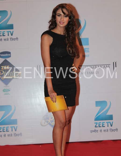 Prerna Wanvari on the Red Carpet of Zee Rishety Awards.