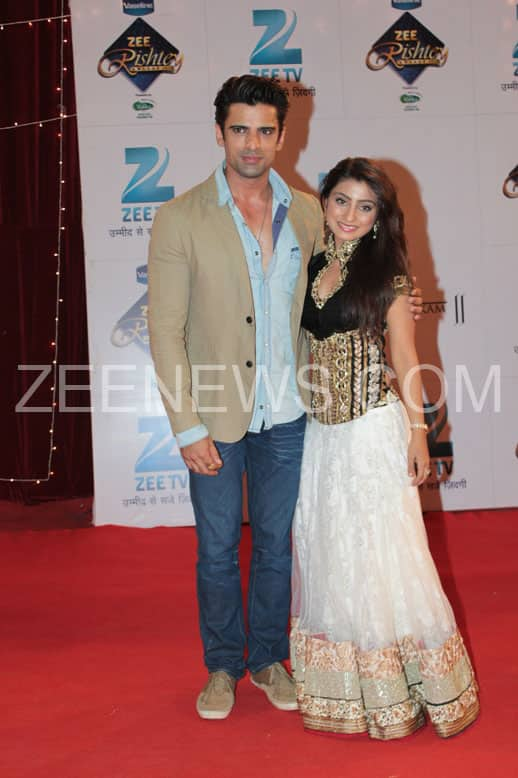 Mohit Malik and Neha Marda on the Red Carpet of Zee Rishtey Awards.