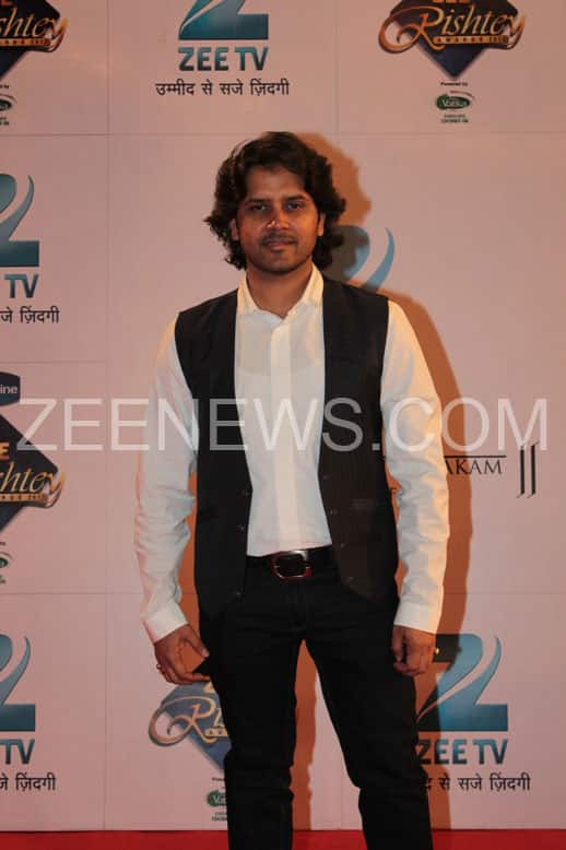 Javed Ali on the Red Carpet of Zee Rishtey Awards.