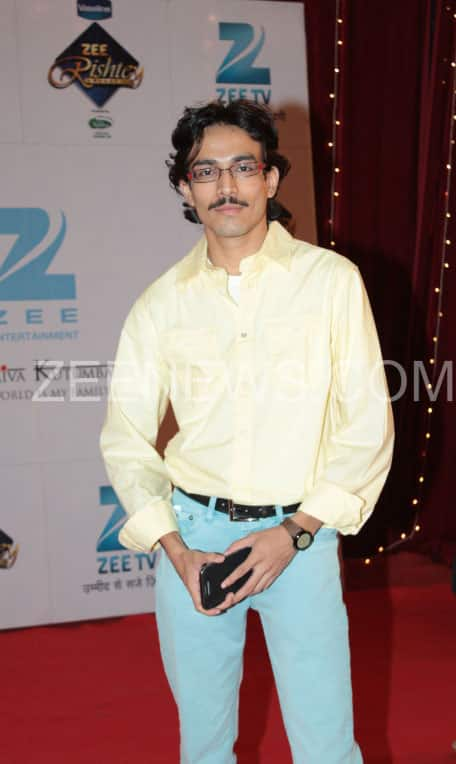 Dushyant Wagh on the Red Carpet of Zee Rishtey Awards.