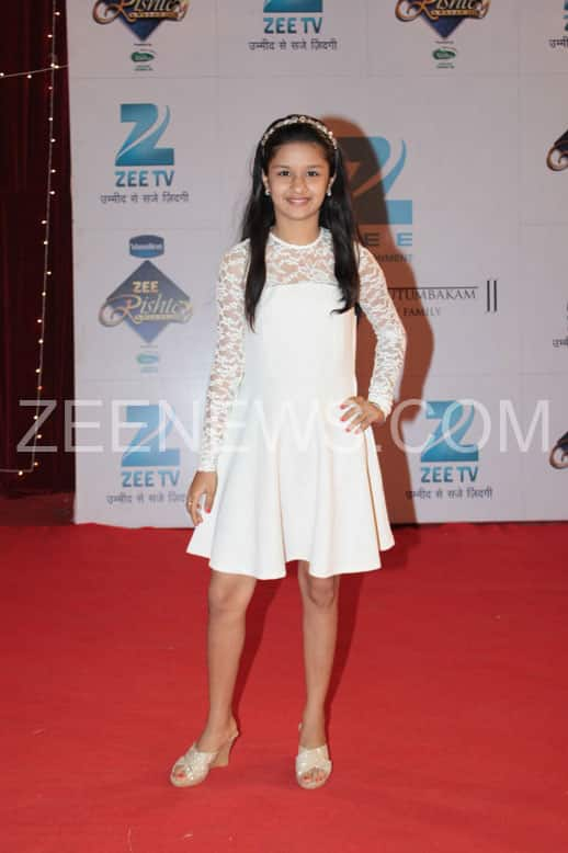Avneet Kaur on the Red Carpet of Zee Rishtey Carpet.