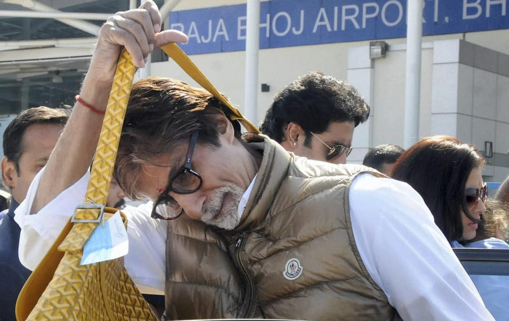 Amitabh Bachchan arrives in Bhopal to attend a marriage function.