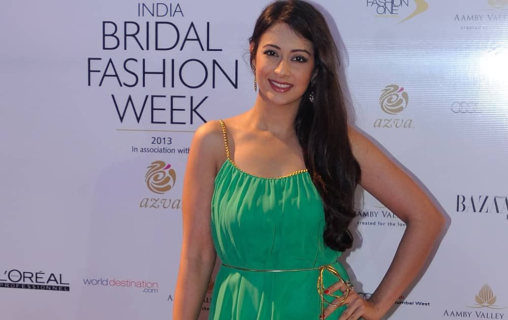 Preeti Jhangiani at Rohit Bal's finale at Bridal Fashion Week. Pic Courtesy: DNA