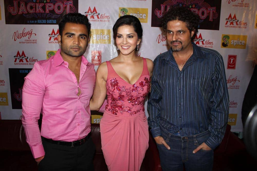 Sunny Leone with actor Sachin Joshi Promoted the film Jackpot in Noida.