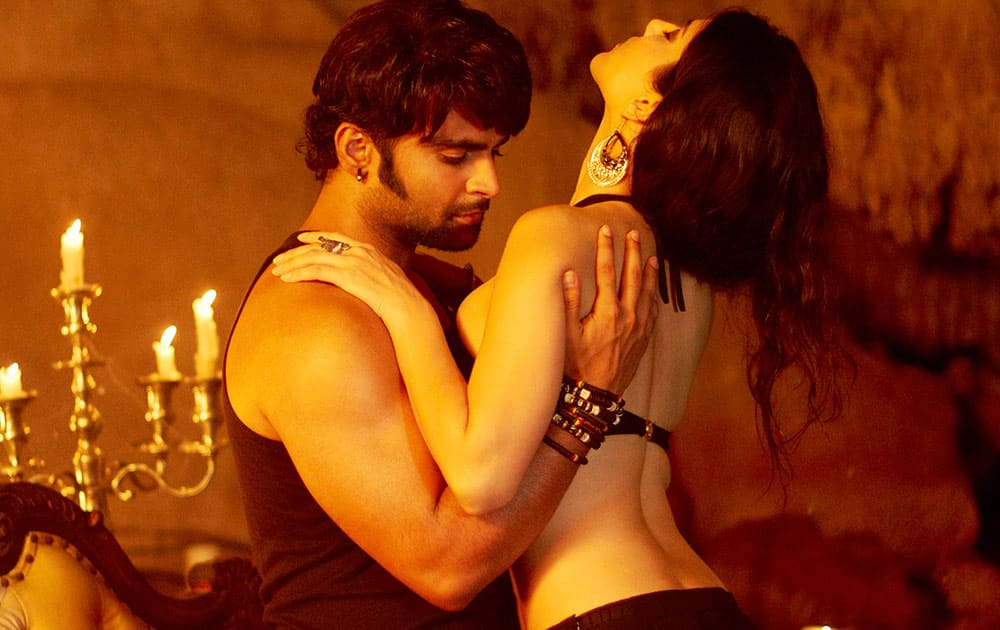 Movie stills `Jackpot` -  Sunny Leone and Sachiin J Joshi
