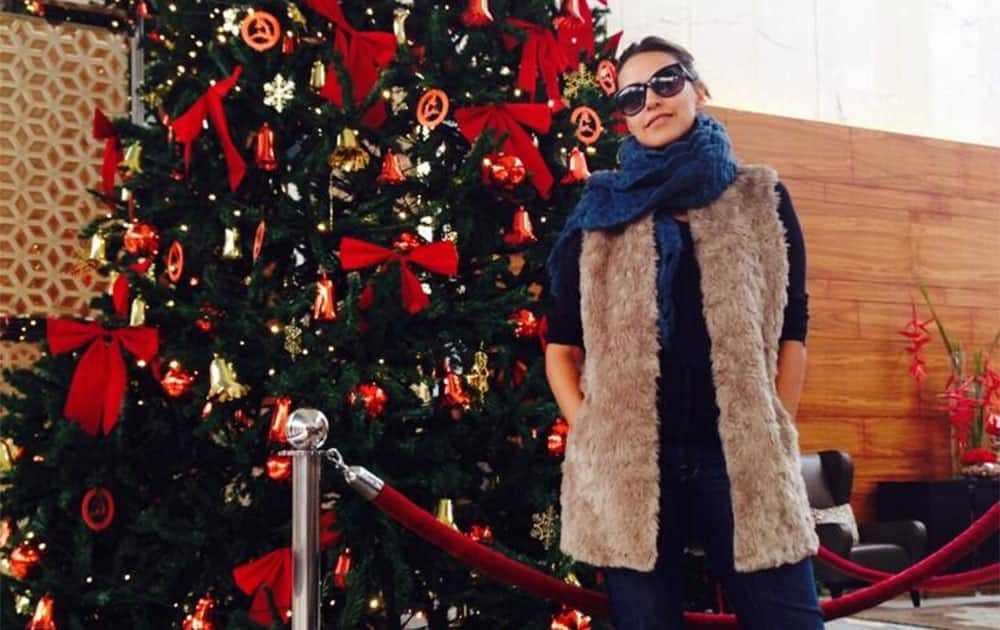 Merry Christmas friends... Wishing all of u joy, happiness and Ofcourse a tree that keeps giving! Pic Courtesy:twitter@Neha Dhupia