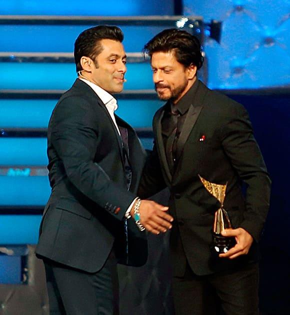 Salman Khan and Shahrukh Khan during an Awards show in Mumbai.