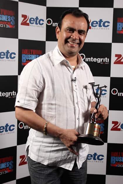 Yogesh Lakhani (best outdoor agency)