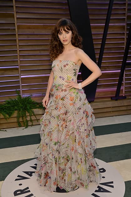 Zooey Deschanel attends the 2014 Vanity Fair Oscar Party, in West Hollywood, Calif.