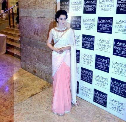 Kangna is wearing the opening designer Manish Malhotra1's saree for his show. Pic Courtesy: Twitter
