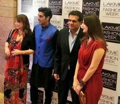 Zayed Khan and family arrive at at lakme fashion week. Pic Courtesy: Twitter