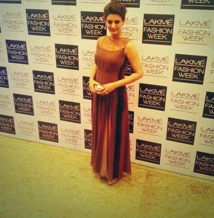 Sonali Bendre arrives at lakme fashion week. Pic Courtesy: Twitter