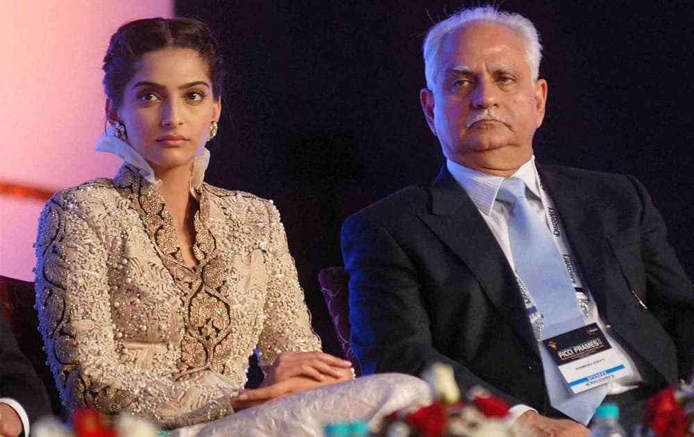 Filmamker Ramesh Sippy, actress Sonam Kapoor at the inauguration of the Frames 2014 in Mumbai.