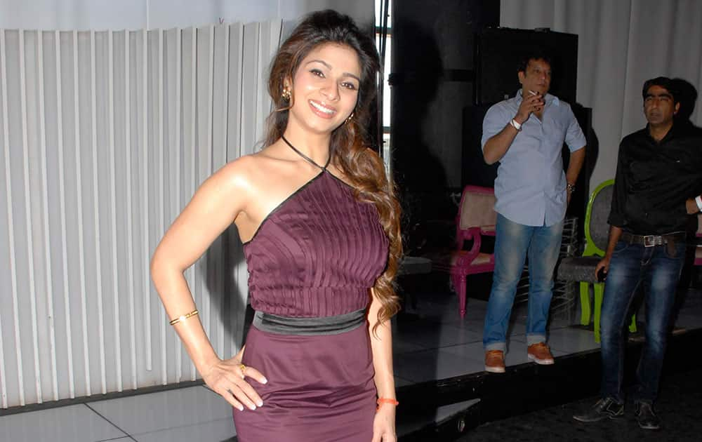 Tanishaa Mukherji at the launch of Zee Television serial Gangs of Hasseepur in Mumbai. DNA
