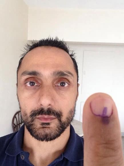 Rahul Bose proudly shows his inked finger. Pic Courtesy: Twitter