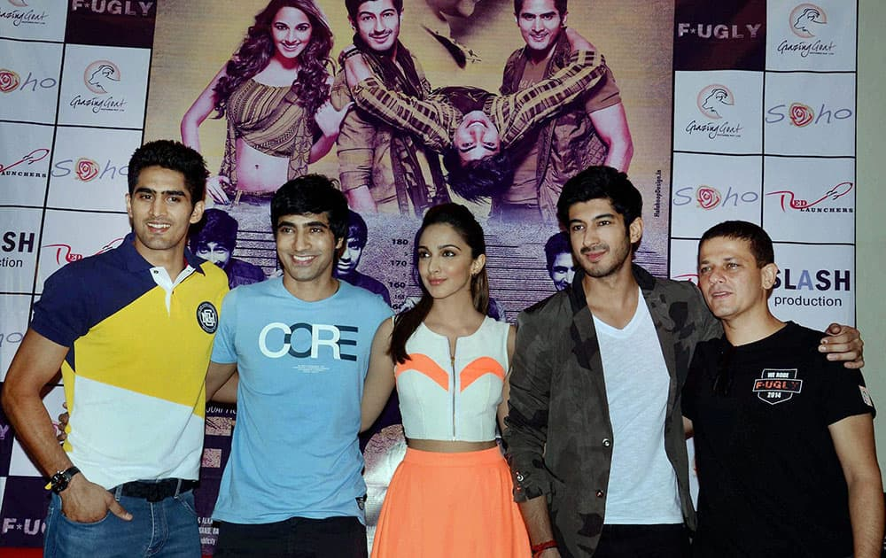 From left-Indian Boxer Vijender Singh, film actors Arif Lamba, Kiara Advani, Mohit Marwah and director Kabir Sadanand during a promotional program for their upcoming film Fugly.