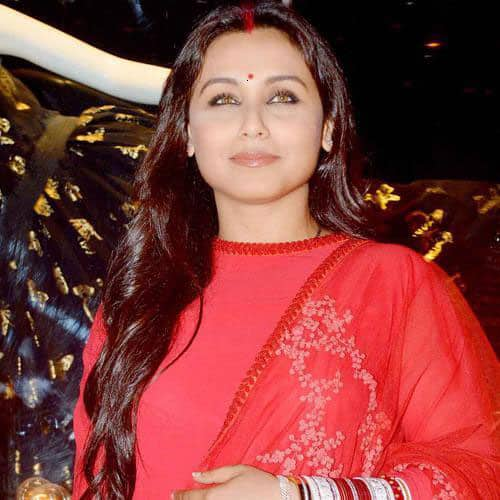 Rani Mukherjee - Sharing a pic from the Diva'ni store launch in Mumbai! :).  Pic Courtesy: Twitter