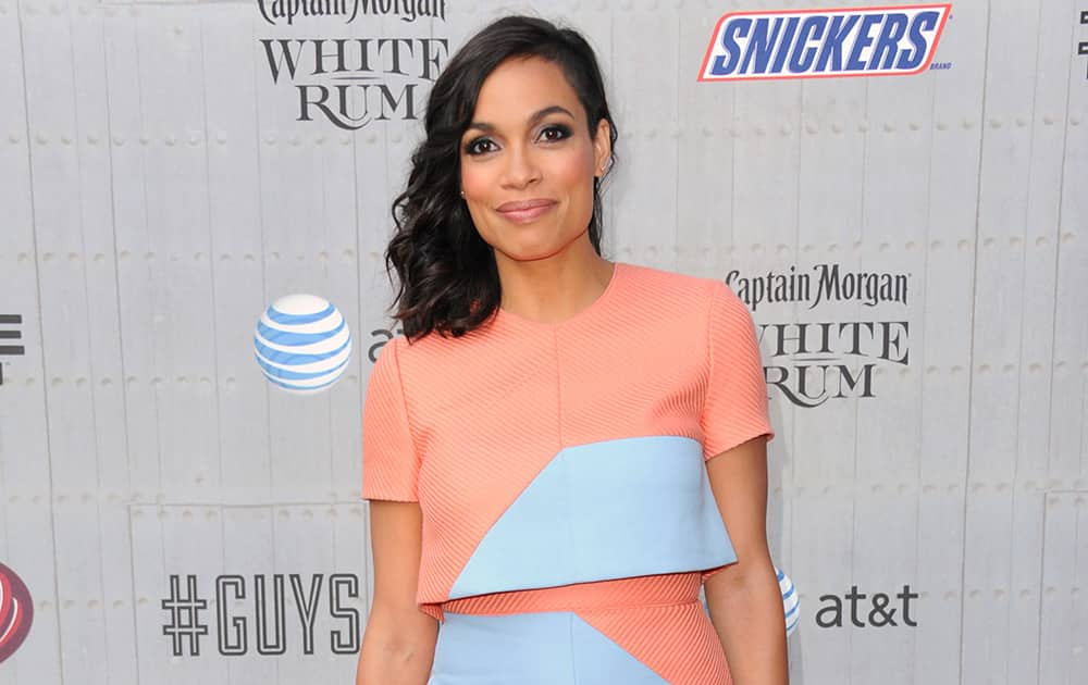 Rosario Dawson arrives at the Guys Choice Awards at Sony Pictures Studios.
