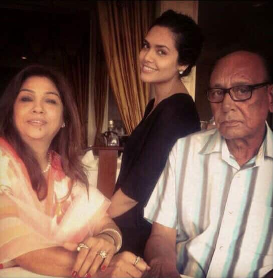 Esha Gupta ?- It's hard to find a perfect man when you already have your standards set high.love you dad,#HappyFathersDay.  Pic Courtesy: Twitter