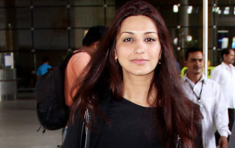 Sonali Bendre was spotted at the airport returning to the city. dna