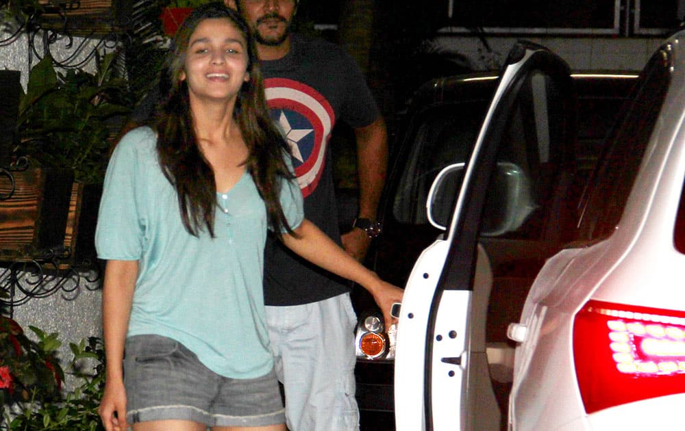 Alia Bhatt was spotted wearing shorts at the event that she has been attending to promote her movie 'Humpty Sharma Ki Dulhania' in Mumbai. dna
