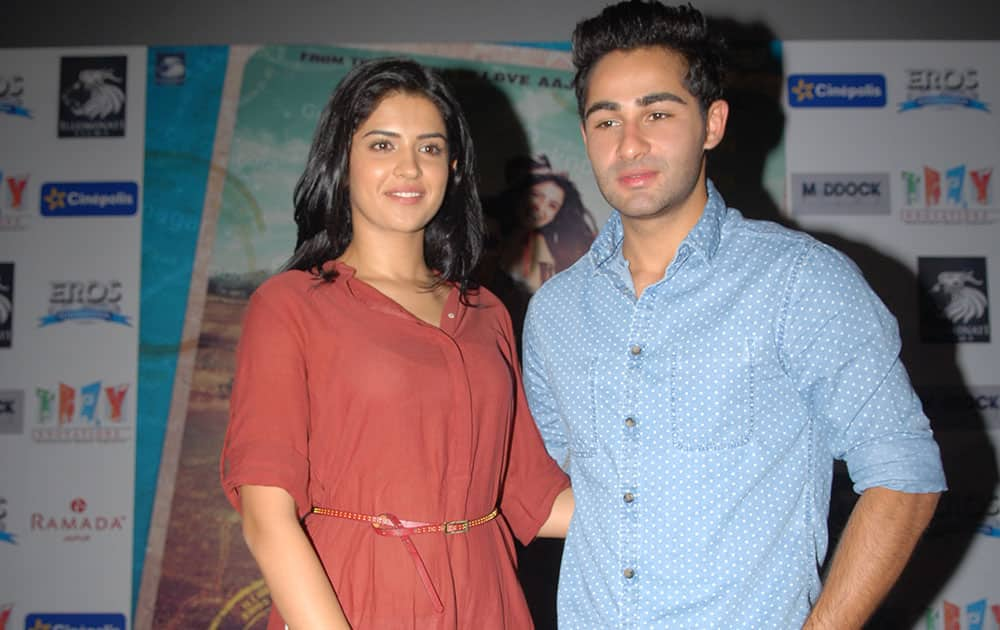 Deeksha Seth (L) and Armaan Jain (R) at the promotion of their upcomming movie 'Lekar Hum Deewana Dil' in Jaipur. dna