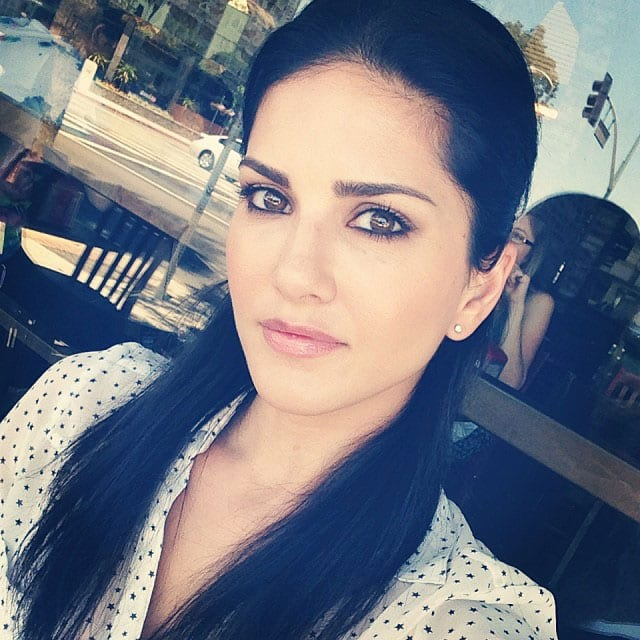 sunny leone - One pic with the glasses as well :) Pic Courtesy: instagram