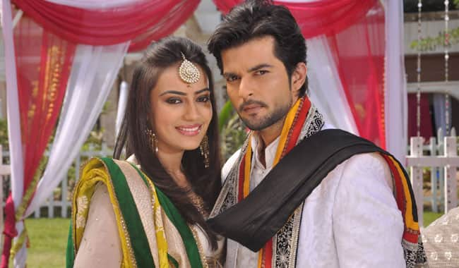 In Pics: Asad, Zoya from 'Qubool Hai' poetically express ...