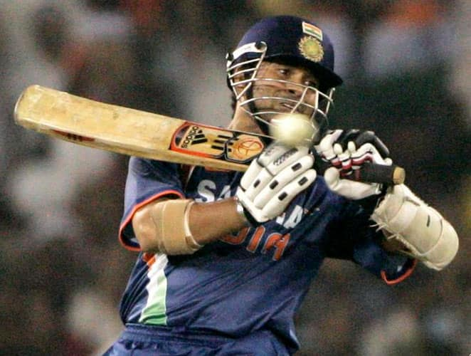 July 11, 2002: In the same series, India were now playing against Sri Lanka in their third match. It was a decent start for India who lost two wickets for 73 runs. Tendulkar who was in sublime form added a crucial 99-run partnership with Dinesh Mongia for the third wicket. The Little Master once again slammed a ton, an innings where he faced 102 balls and slammed 12 boundaries and a six. India reached a good score of 304 runs and Sri Lanka were bowled out for 241.Result:India won by 63 runsMan of the Match: Sachin Tendulkar -
